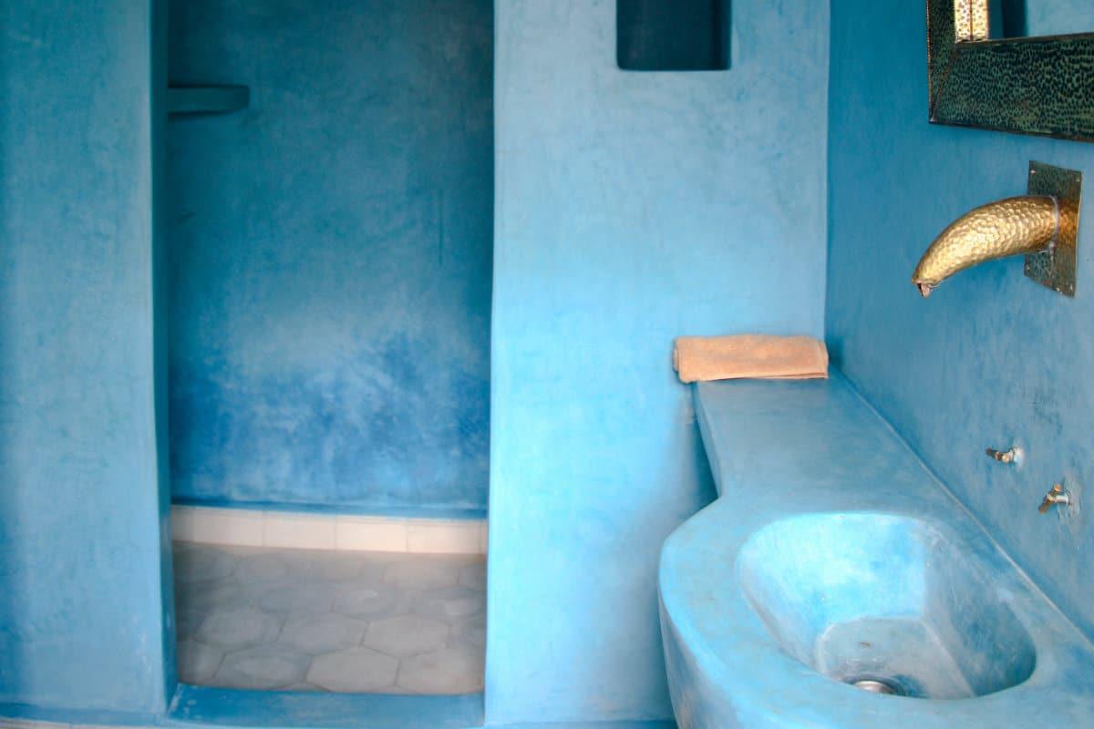 marokkaans stucwerk badkamer