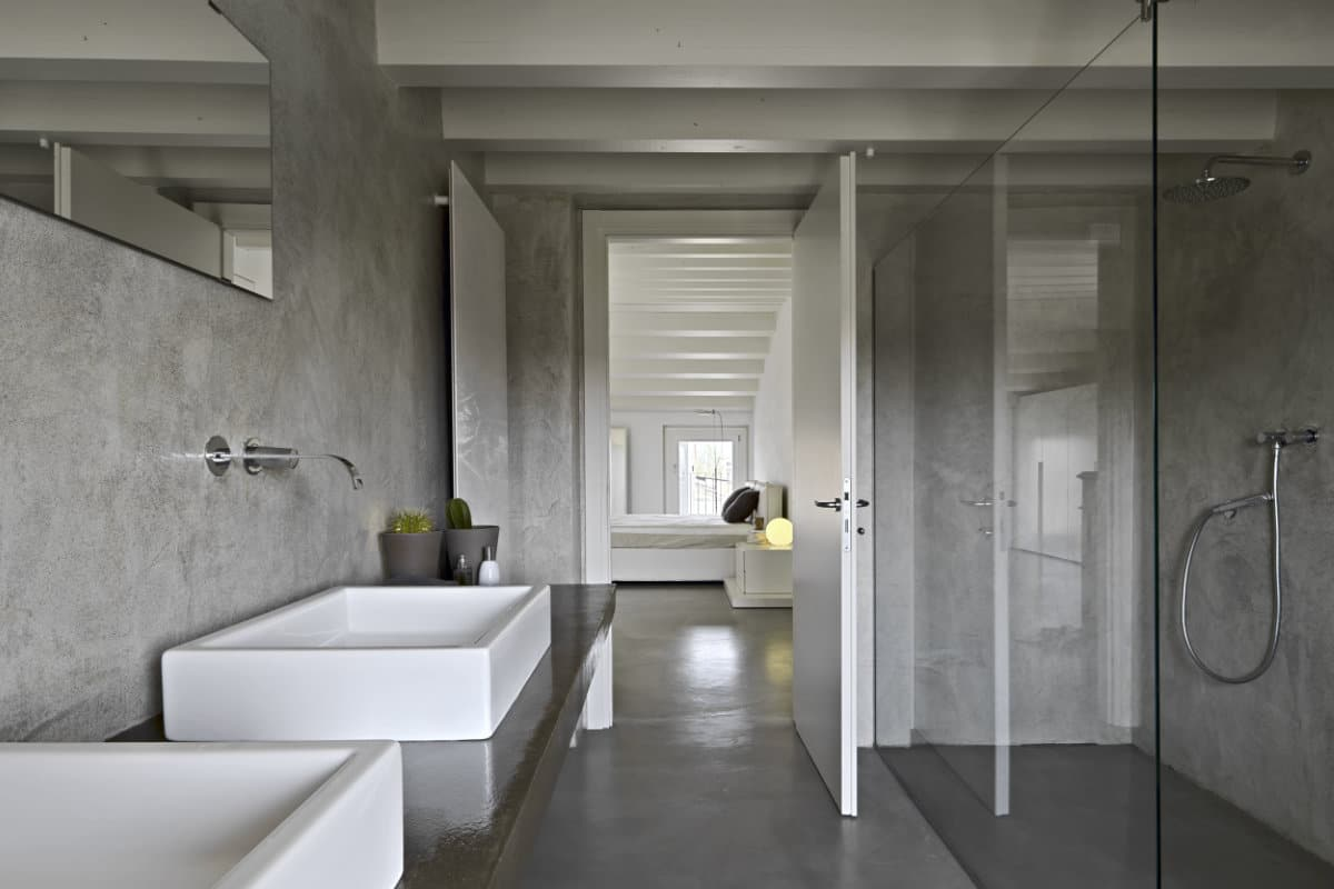 Badkamer Met Tadelakt : Tadelakt stucwerk aanbrengen: eigenschappen aandachtspunten & prijzen